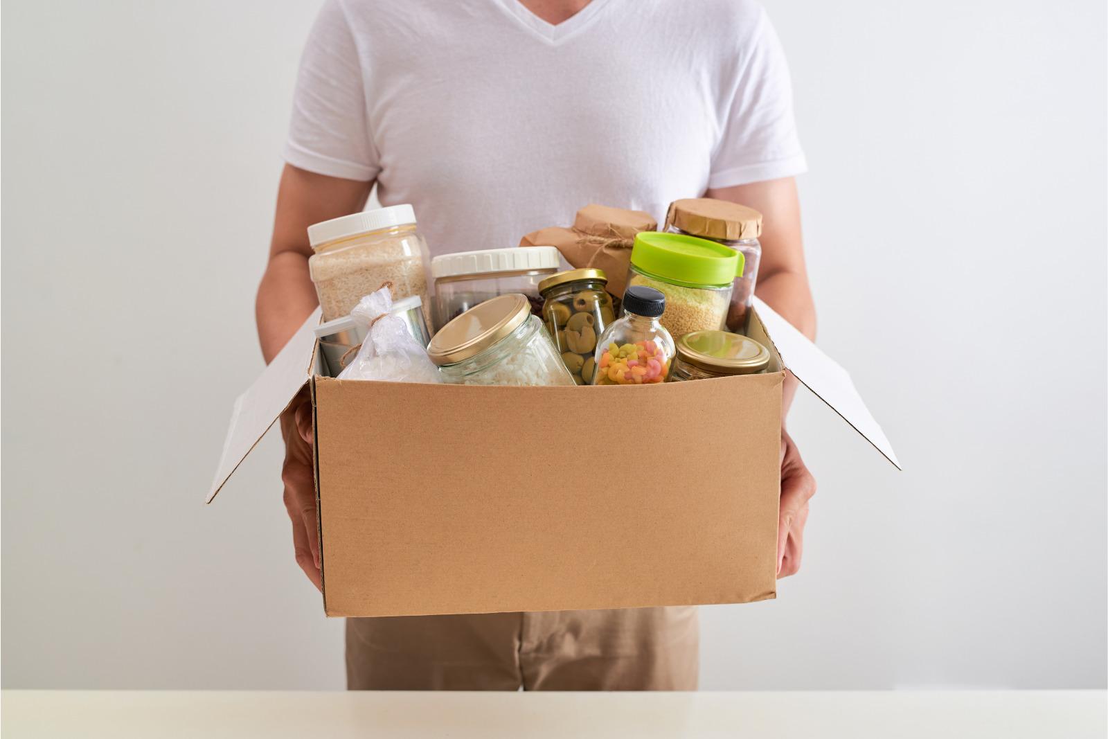 Food parcel 1